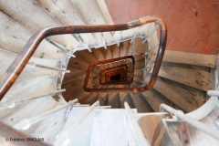 093-Escalier-T